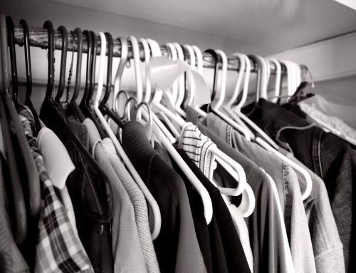 How to Keep Your Wardrobe Simplified